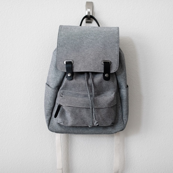 2b8f35b226 Everlane Handbags - Everlane Modern Snap Backpack in Reverse Denim